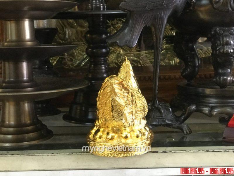 Tượng gà mái đẻ trứng bằng đồng mạ vàng cao 17cm