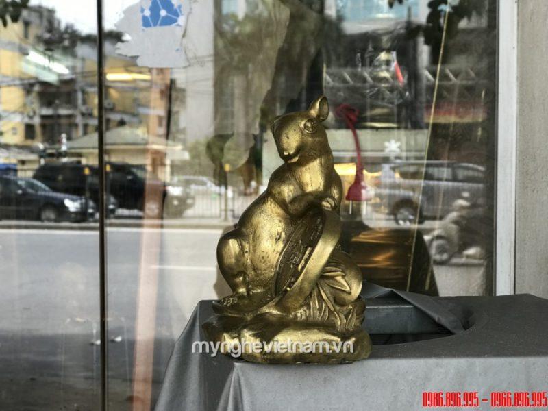 Tượng chuột phong thủy bằng đồng để bàn làm việc 15cm