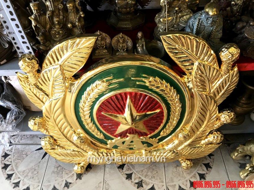 Huy hiệu công an chuẩn quốc gia được mạ vàng cao cấp 2
