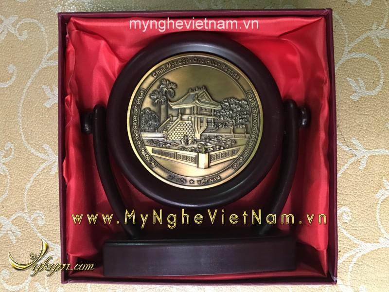 Biểu trưng đĩa xoay chùa 1 cột làm quà tặng văn hóa đk 12cm